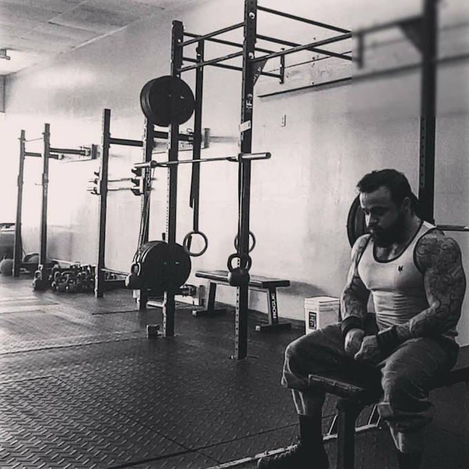 Rob Saeva of No Coast Strength and Conditioning in training